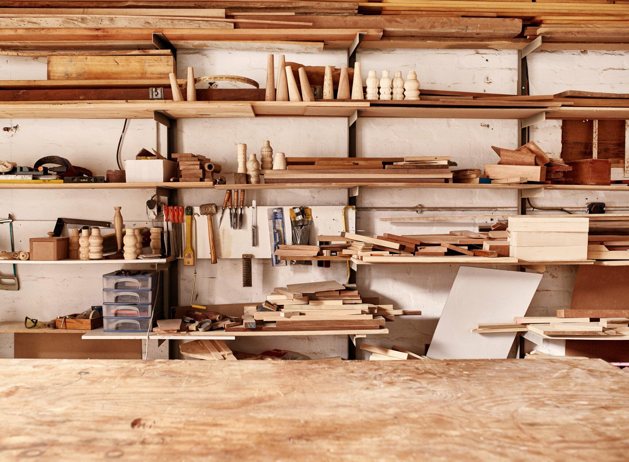 Atelier de tâmplărie - pânze bandă pentru lemn