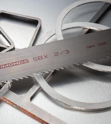 výber pílového pásu na kov SIMONDS